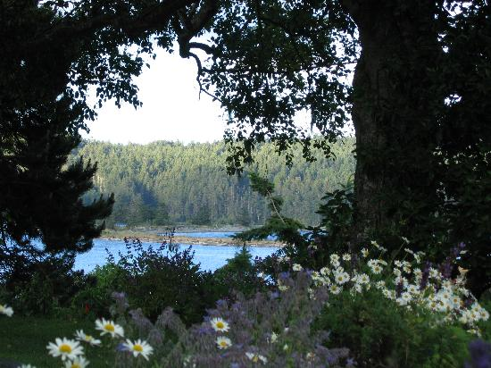 Sooke Harbour House: Window on Whiffin Spit