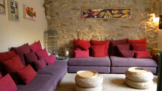 Aiguaclara Hotel: Sitting Area
