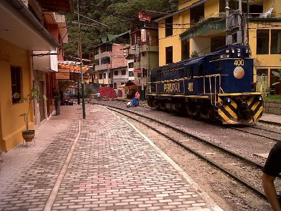 มาจูปิจู: Aguis Calientas (you walk or you take the train)