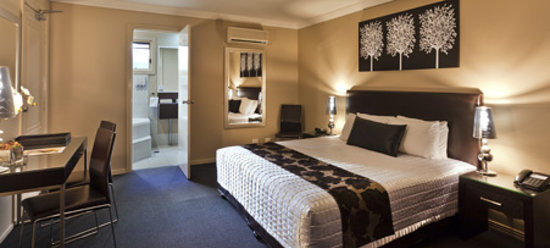 Best Western Plus Ambassador on Ruthven Motor Inn: Indulge in our NEWLY renovated rooms