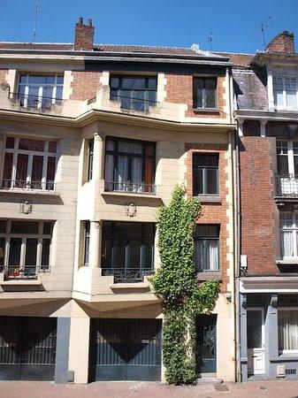 La Villa 30: façade