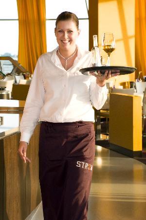 Restaurant Strom im Atlantic Hotel Bremerhaven: Service