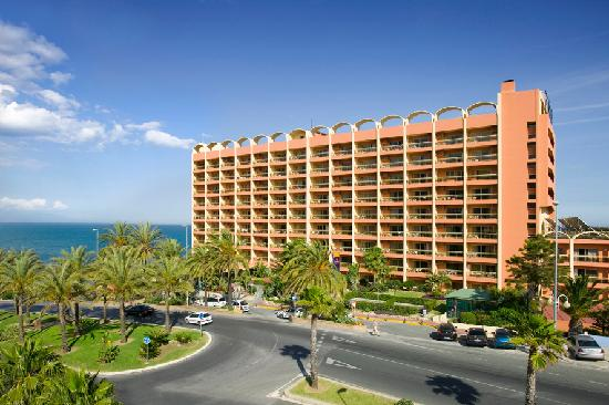 Sunset Beach Club: Hotel Entrance