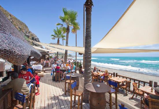 Sunset Beach Club: Luna Beach Club (Summer bar-restaurant)