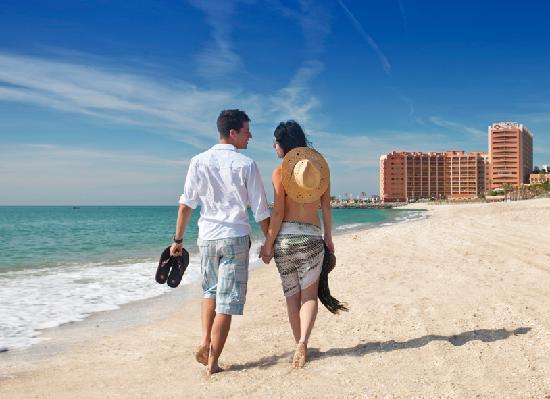 Sunset Beach Club: Benalmadena beach