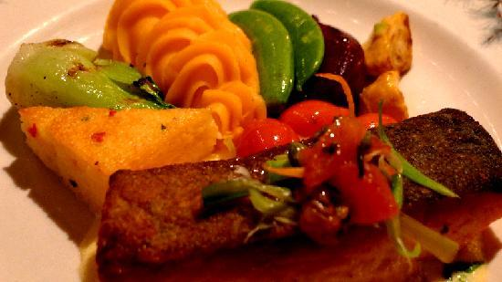 The Lakefront Restaurant: Salmon dish