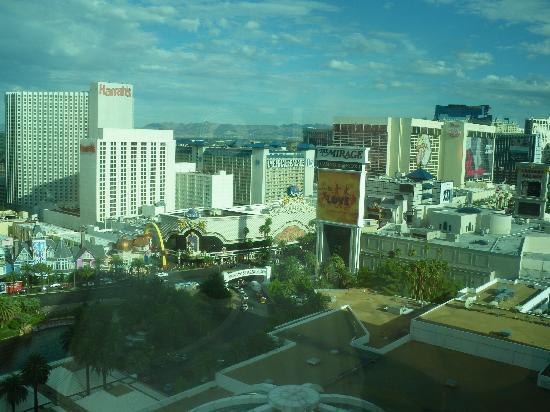 โรงแรมเดอะมิราจ & คาสิโน: panorama dalla nostra camera