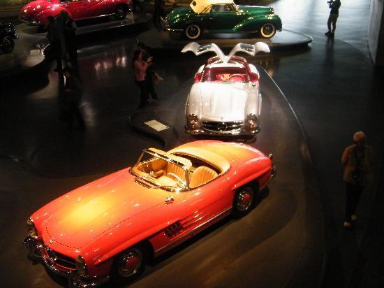 พิพิธภัณฑ์ยานยนต์ เมอร์เซเดส-เบนซ์: Cars