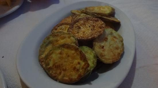 Restaurant Archontariki: フライドズッキーニ