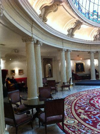 Carlton Hotel: Lobby