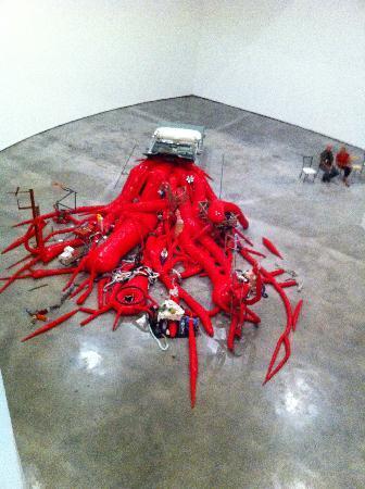 พิพิธภัณฑ์กุกเกนไฮม์ บิลเบา: The car