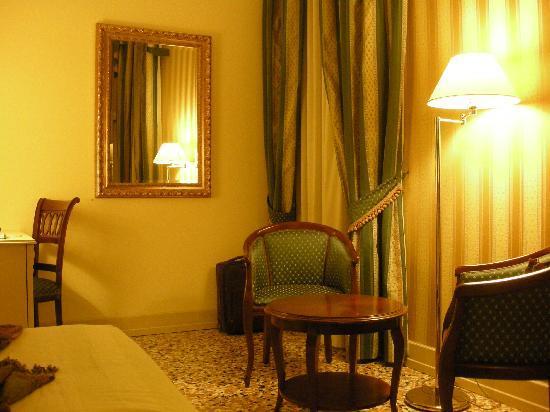 Hotel Bella Venezia: Chambre205