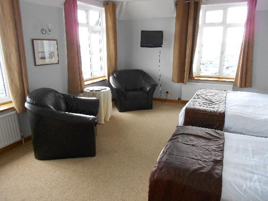 Salterns Harbourside Hotel: Sea View Room