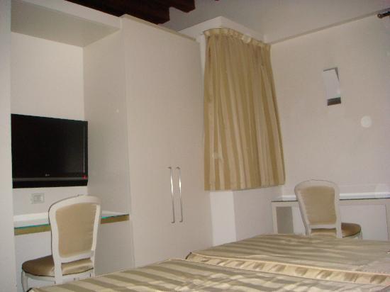 Hotel Campiello: Any news on TV?