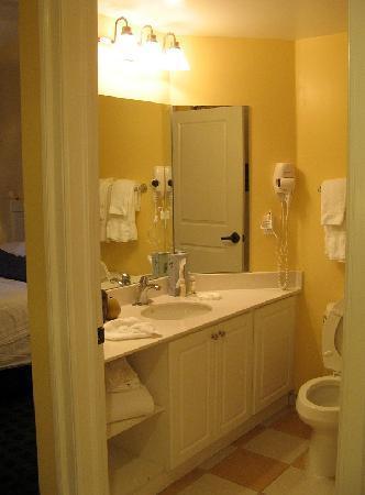 Holiday Inn Club Vacations South Beach Resort: room 104 B