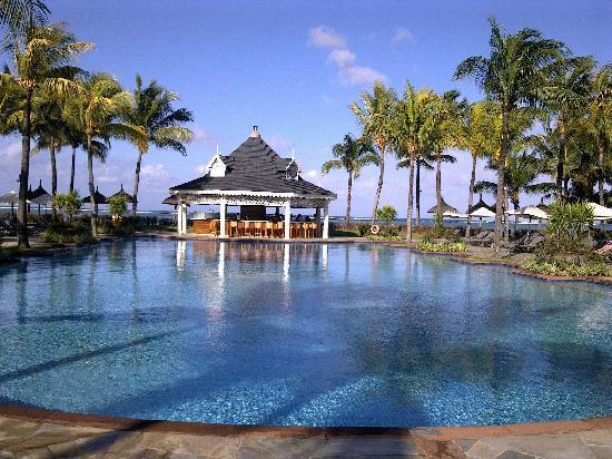 เฮอริเทจ เลอ เทลแฟร์ กอล์ฟ แอนด์ สปา รีสอร์ท: main pool