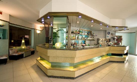 Bar situato nella zona della hall dell'Hotel Belvedere di Gatteo Mare