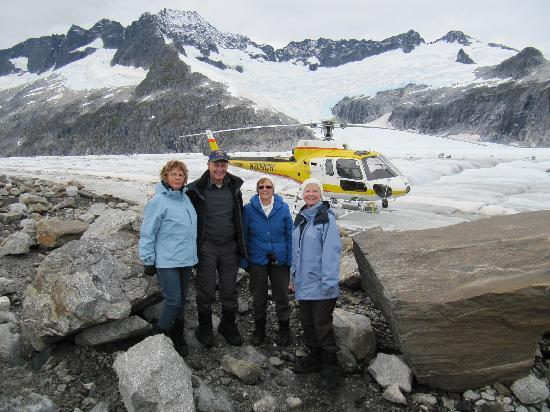 Coastal Helicopters: Herbert Glacier