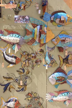 Sarlat Market: Artistic fishes