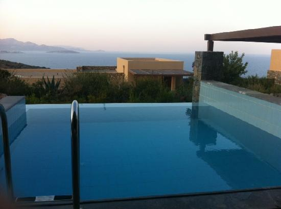 Daios Cove Luxury Resort & Villas: The view worth fighting for!