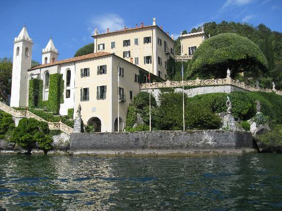 Bellagio Water Limousines: view of Villa from water taxi