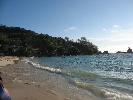 Anse Soleil Beachcomber: Hotel view from the beach