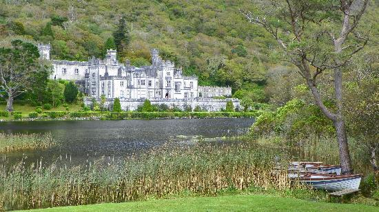 Galway Tour Company: Kylemore Abbey