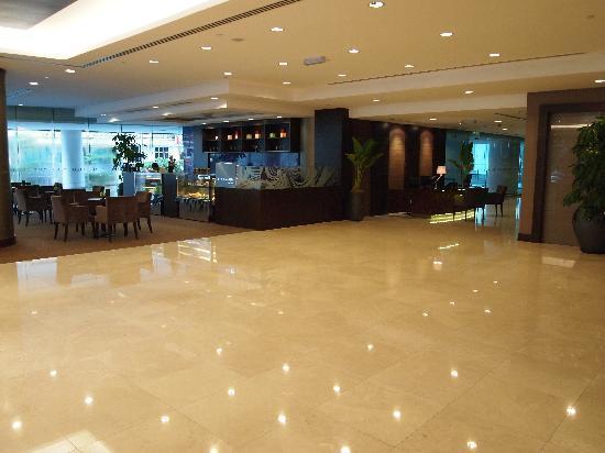 โรงแรมฟูรามาบูกิทบินตาง: Entrance