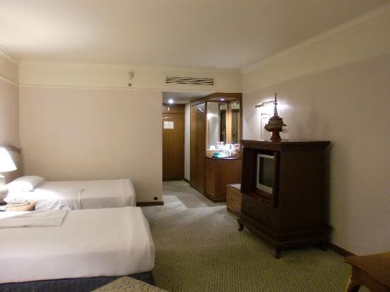 โรงแรมสวิสโซเทล เลอ คองคอร์ด กรุงเทพฯ: セミダブルのツイン
