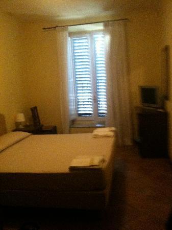 B&B Laura Room - Foto di Soggiorno Laura, Firenze - TripAdvisor