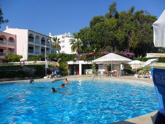 VilaRosa Hotel: the small pool