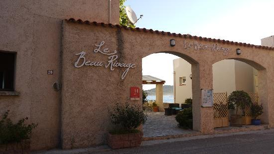 Hotel Beau Rivage: Ingresso