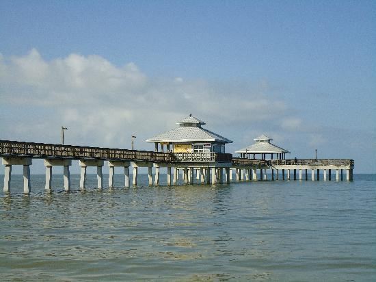 Fort Myers Princess: View from the Pier