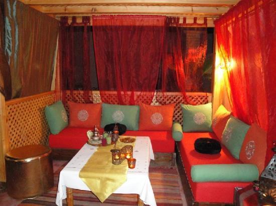 Riad Princesse du Desert: Salon terrasse