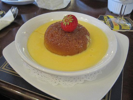 Blacksmiths Arms Inn: Treacle pudding + custard to die for!