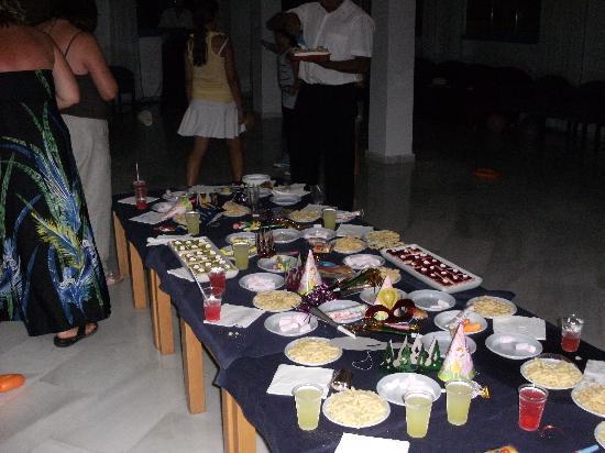 Elegance Vista Blava: Party time by Rafael!