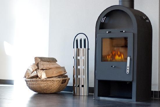 AlpenParks Residence Bad Hofgastein: Ofen im Appartement