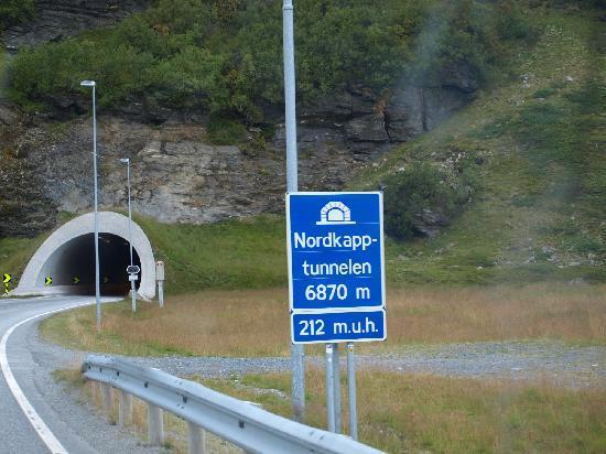 Nordkapp Municipality, นอร์เวย์: Nordkapp tunnel