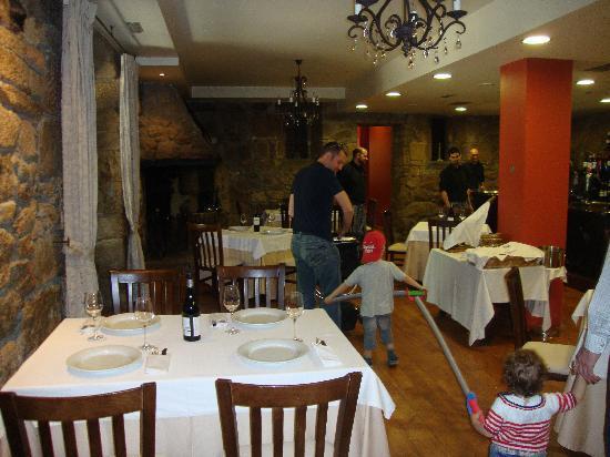 Restaurante Pazo Lagar: El comedor interior