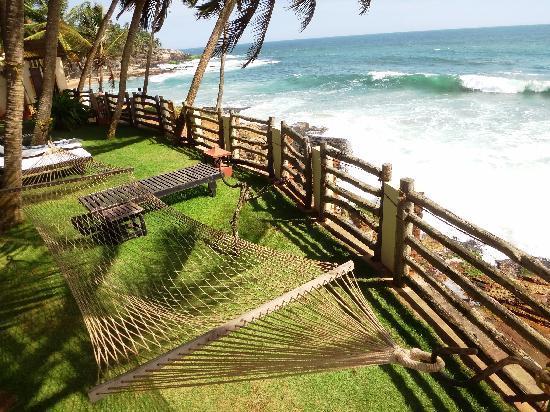 Coconut Bay Beach Resort: Area rooms 301-302-303-304-305