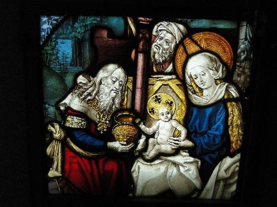 Musée de l'Œuvre Notre-Dame: Medieval Nativity stained glass