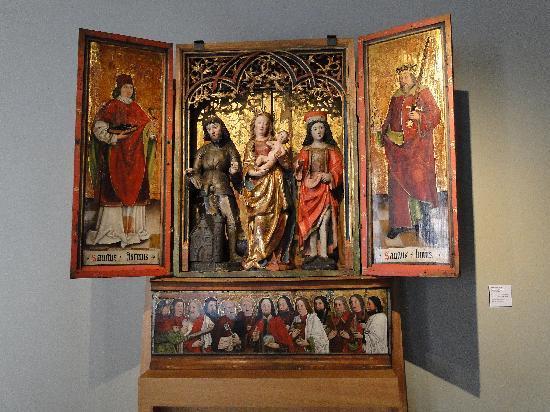 Musée de l'Œuvre Notre-Dame: Medieval triptych