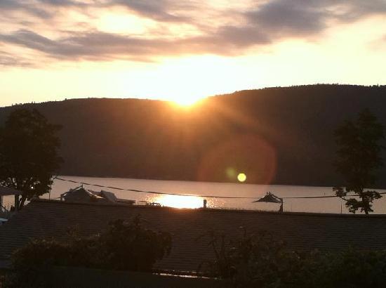 Marine Village Resort: morning view
