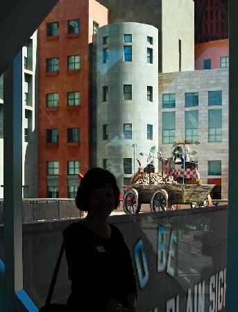 Denver Art Museum: Nearby buildings