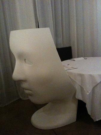 Mangiafuoco Ristorante: artistic chairs