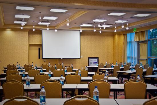 Hilton Garden Inn Rockville - Gaithersburg: Classroom Style Meeting Space
