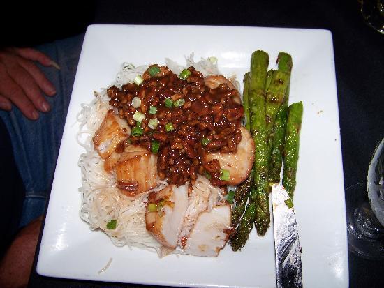 Thom Pham's Wondrous Azian Kitchen: Carmellia Scallops