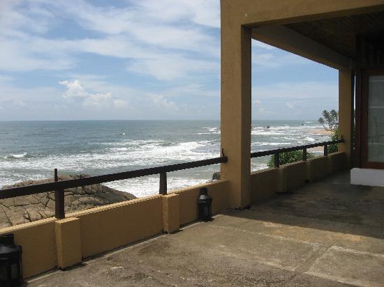เจ็ทวิงไลท์เฮาส์: Looking out towards the Indian Ocean