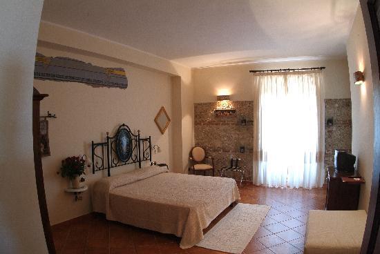 Agriturismo La Casa di Botro: Camera Superior/Superior Room