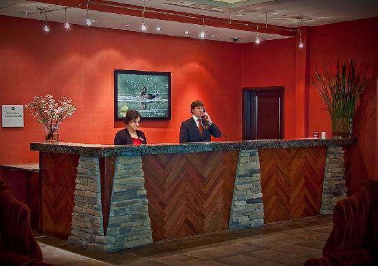 Homewood Suites Rockville - Gaithersburg: Front Desk